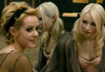 Jena-Malone-and-Emily-Browning-see-reflections-in-Sucker-Punch_gallery_primary