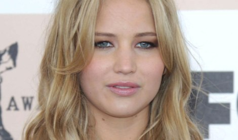 jennifer-lawrence-spirit-awards-2011-02