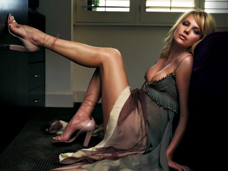 _Charlize_Theron_1-438728-caf2a846-1267-102f-ad72-0019b9d5c8df