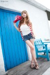 Heo-Yun-Mi-Red-White-and-Blue-16