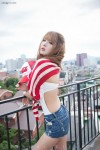 Heo-Yun-Mi-Red-White-and-Blue-27