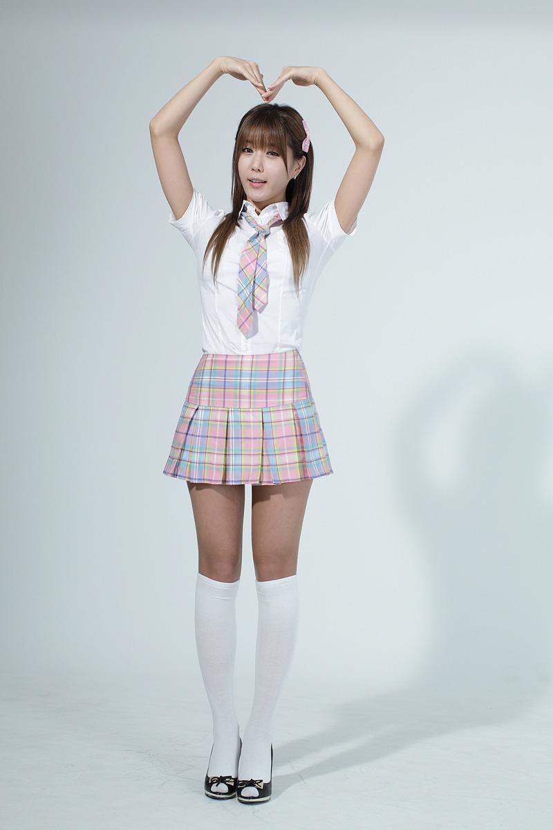 Heo-Yun-Mi-School-Girl-11