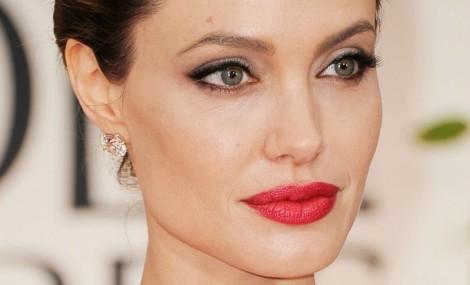 Jolie Golden Globes