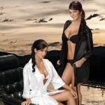 Mariana y Camila Davalos 61