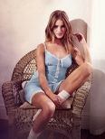 5RosieHuntingtonWhiteleyMonsoon.jpg.scaled.1000