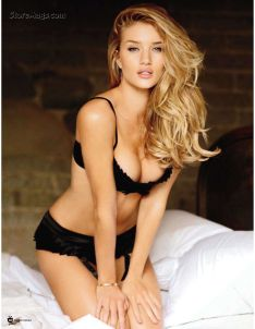 rosie-huntington-whiteley-6