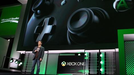 Phil-Spencer-at-Xbox-One-E3-presentation