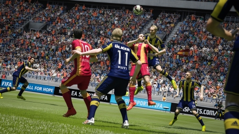 FIFA15_XboxOne_PS4_TurkeySuperLig_Galatasaray_vs_Fenerbahce