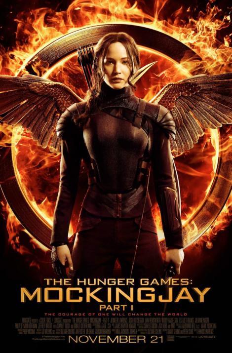 hr_The_Hunger_Games-_Mockingjay_-_Part_1_38